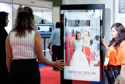 smart mirror dubai